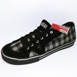 Ladies Checkered Vans Sneakers / Shoes Size 7 NWT